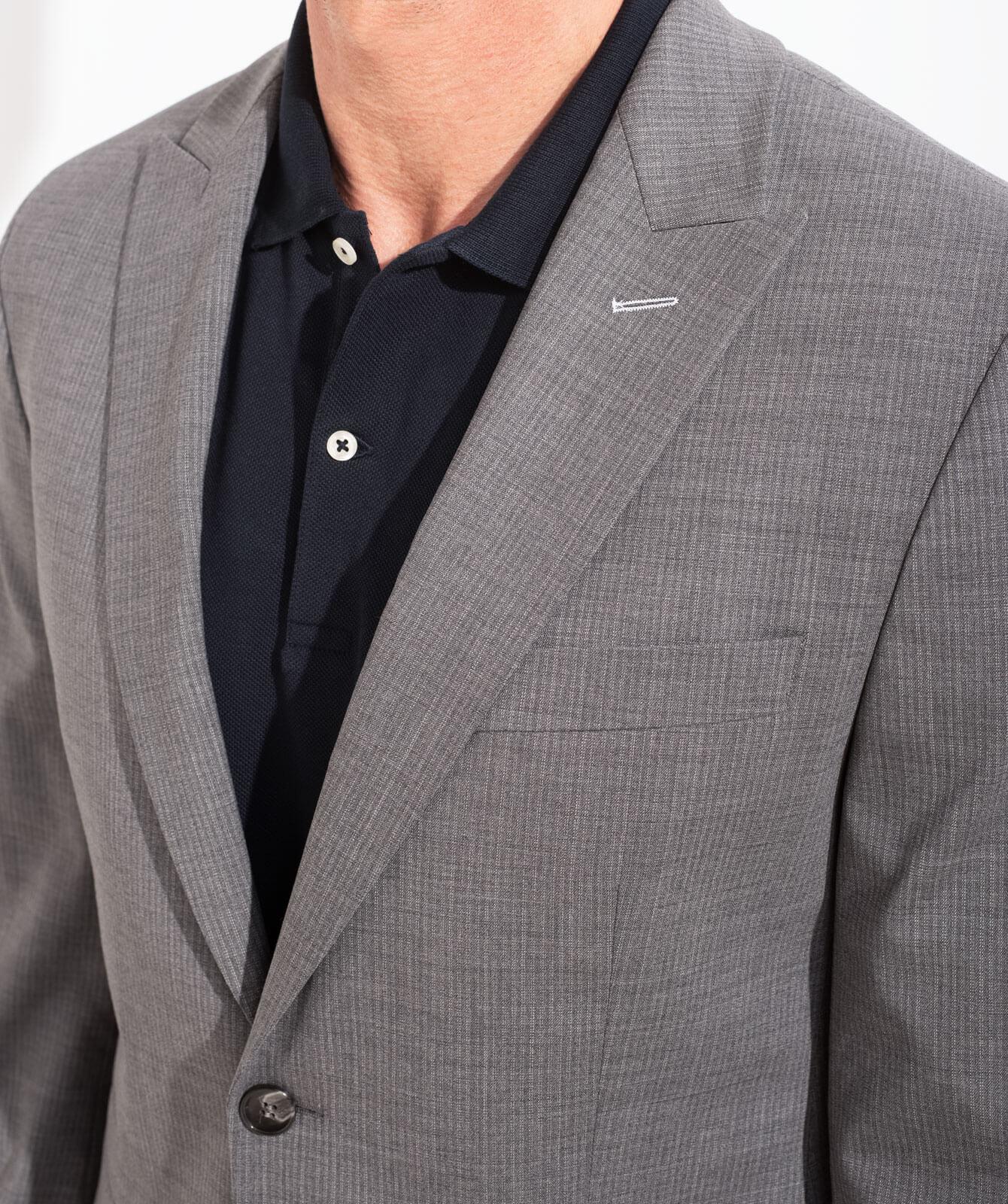Gestreifter Komfort-Anzug aus JEBRIC