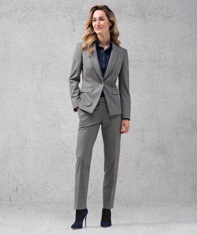 Grauer Double Stretch-Anzug