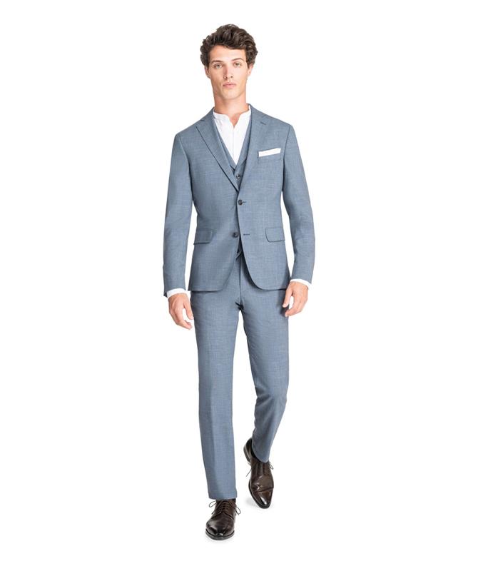 Rauchblauer Anzug mit subtilem Karomuster