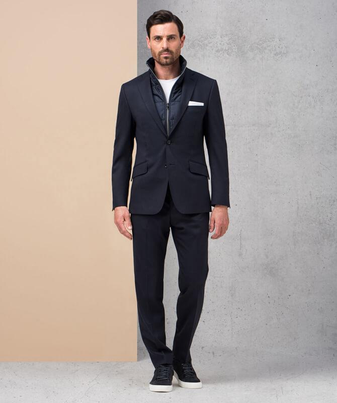 Dunkelblauer Dynamic Suit