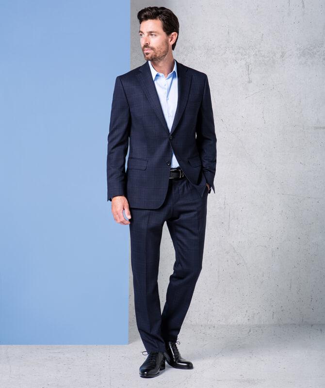 Dynamic Suit mit subtilem Fensterkaro