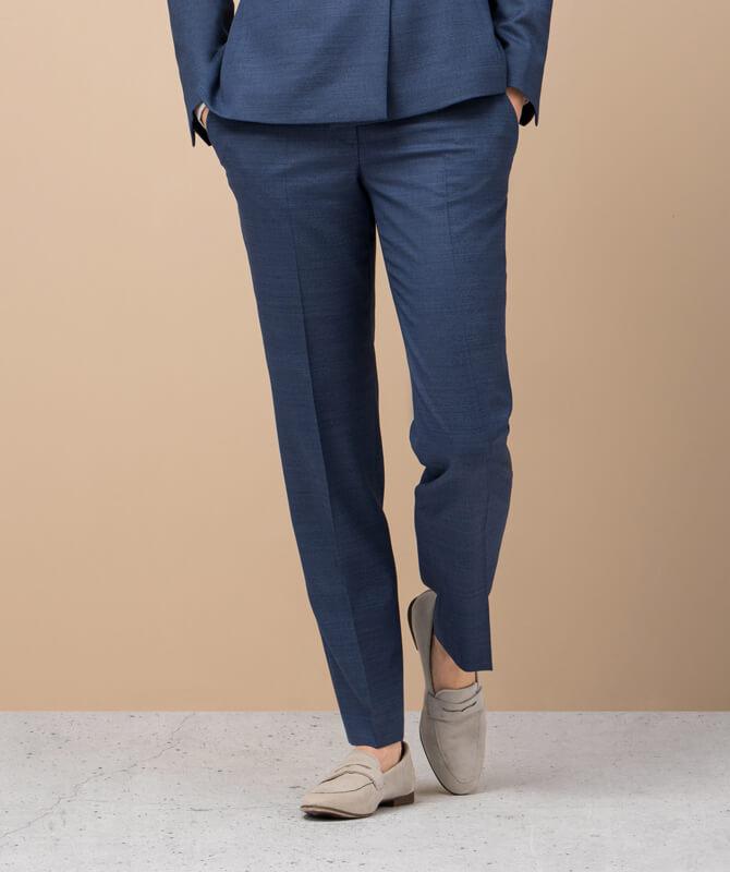 Blaue Dynamic Suit-Hose