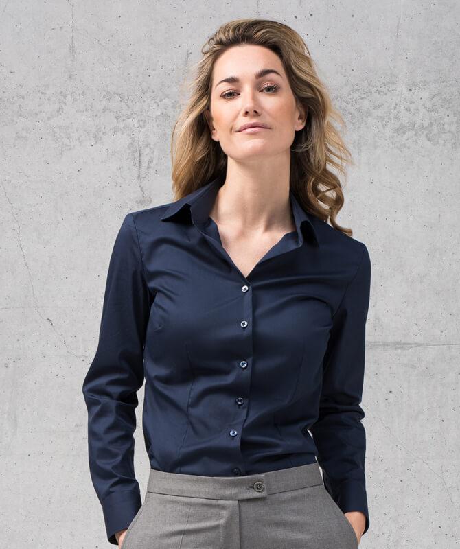 Dunkelblaue Komfort-Bluse