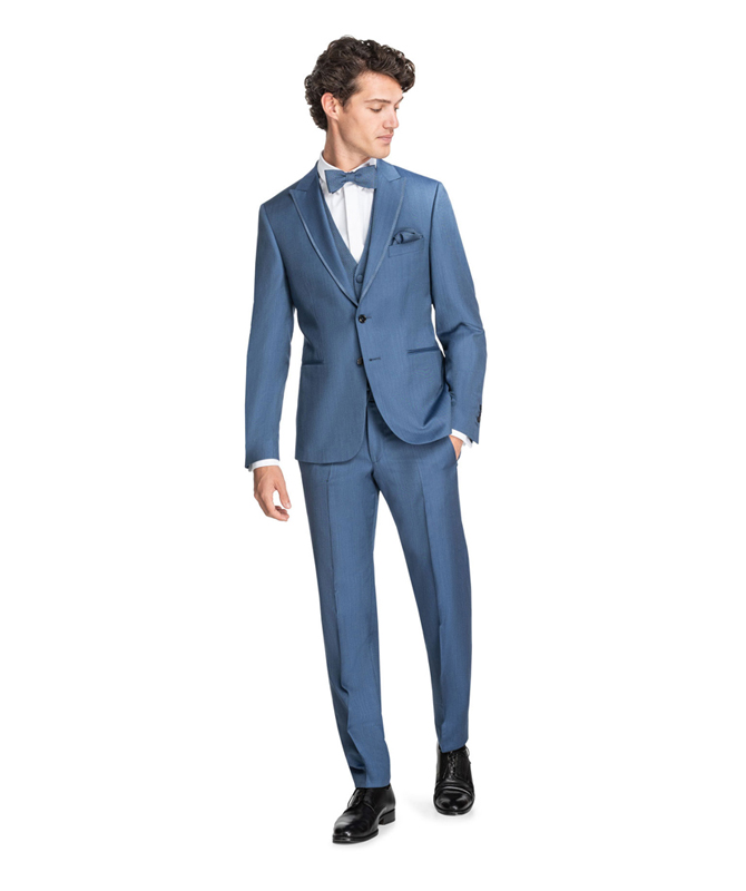 Luxuriöser Seiden-Anzug in Metallic-Blau