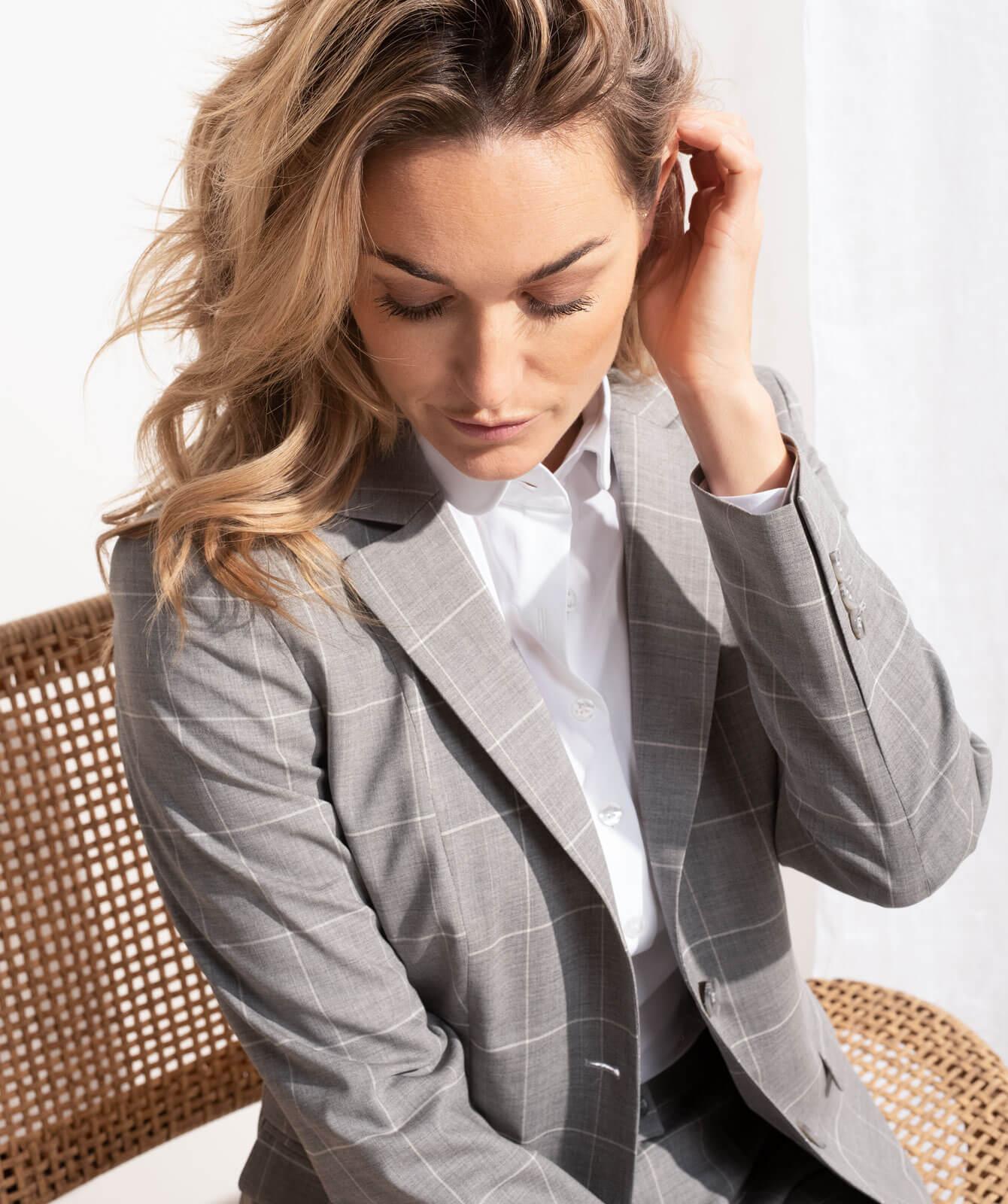 Anzug mit Fensterkaro aus JEBRIC