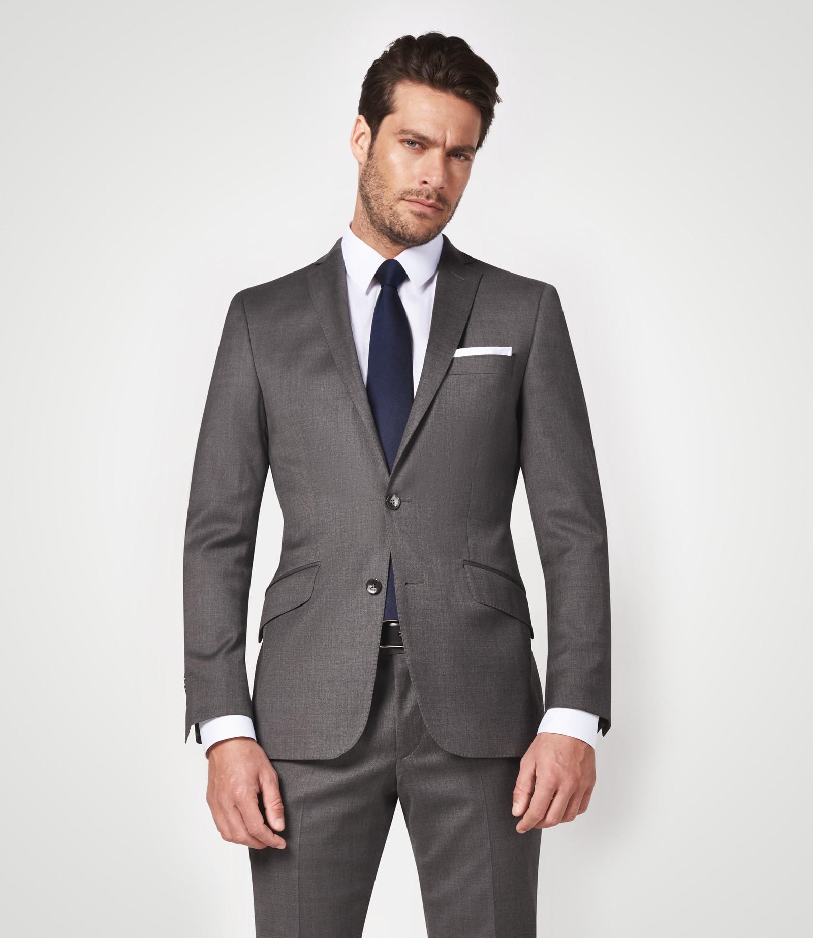 Anzug mit ultimativem Comfort